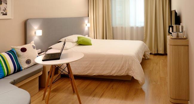 hospitality-650